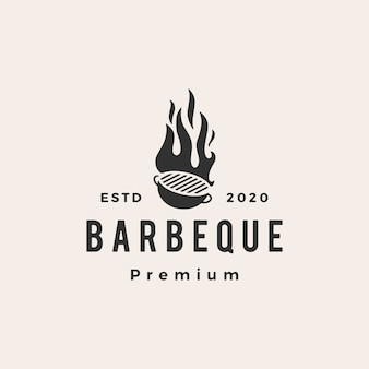 Illustrazione d'annata dell'icona di logo dei pantaloni a vita bassa della griglia del carbone del barbecue