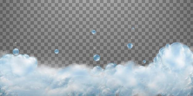 Bordo in schiuma saponata da bagno con bolle di acqua saponata.