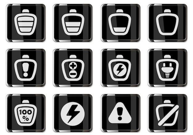 I pittogrammi della batteria nel set di icone dei pulsanti cromati neri isolati per la progettazione dell'interfaccia utente