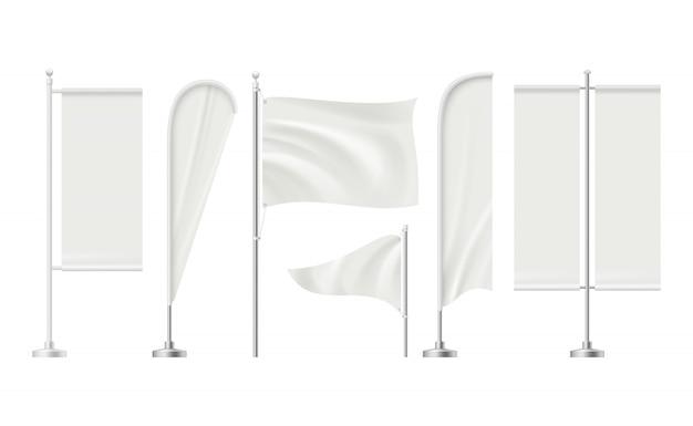Beach flag. pubblicità della raccolta realistica delle insegne dei mercati al dettaglio dell'insegna di promozione della superficie in bianco