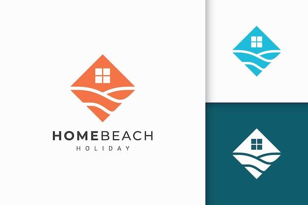 Logo di hotel o resort sulla spiaggia in forma piatta astratta
