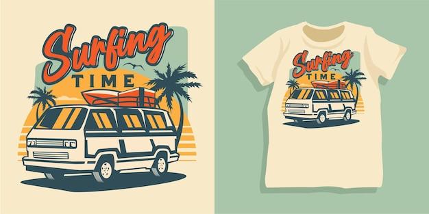 Design della maglietta dell'auto estiva da spiaggia