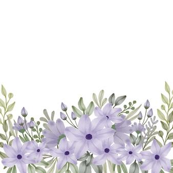 Bellissimo fiore viola in fiore e foglie