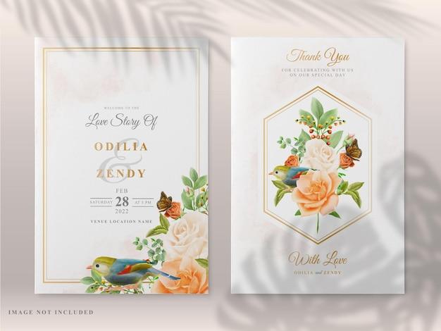 Bellissimo modello di carta di invito matrimonio floreale Vettore Premium