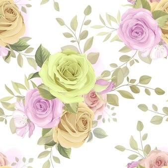 Bello modello senza cuciture con fiori e foglie