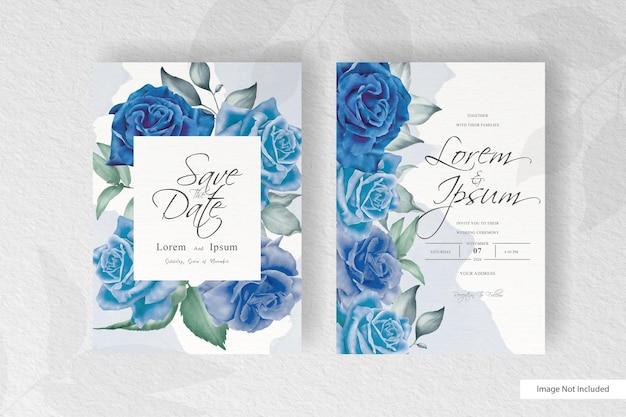 Bella carta di invito matrimonio con schizzi floreali e acquerello blu