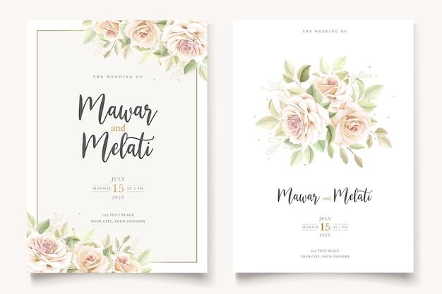 Bellissimo biglietto di invito a nozze con elegante set floreale