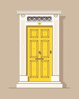 Bella porta d'ingresso vintage retrò giallo. esterno della casa. ingresso di casa. colorato.
