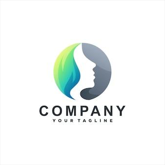 Design del logo sfumato di colore di bellezza