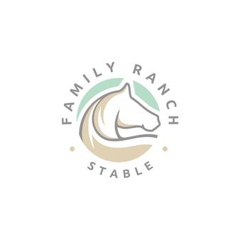 Logo di stallone con stalla beauty horse ranch