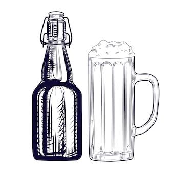 Bottiglia di birra e boccale di birra. stile di incisione. illustrazione vettoriale disegnata a mano isolata