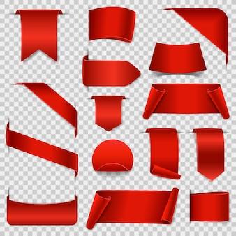 Grandi striscioni di carta pergamena vuota. nastri di carta rossa su sfondo trasparente. etichette realistiche.