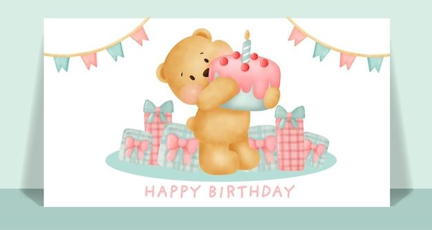 Carta di compleanno con tenero orsacchiotto che hoding una torta.