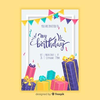 Modello di invito di compleanno in stile piano Vettore Premium