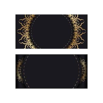Modello di brochure di colore nero con ornamento mandala oro