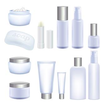 Tubi cosmetici vuoti e barattoli su sfondo bianco. prodotti per la cura del viso e del corpo.