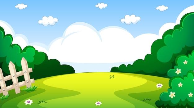 Paesaggio in bianco del parco naturale alla scena diurna con molte nuvole nel cielo
