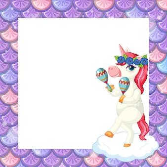 Modello di cornice di squame di pesce viola pastello vuoto con simpatico personaggio dei cartoni animati di unicorno