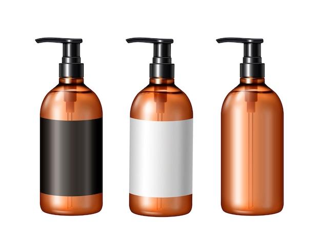 Modello vuoto della pompa, tre contenitori cosmetici con etichette isolate