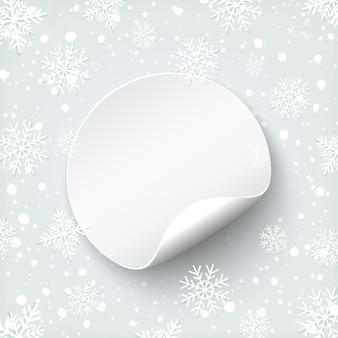 Modello di banner rotondo vuoto. prezzo da pagare su sfondo con neve e fiocchi di neve. distintivo di promozione. illustrazione vettoriale.