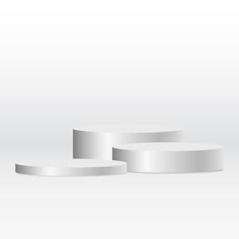 Podio premiato circolare con piedistallo in argento metallico bianco su bianco per l'esposizione del prodotto