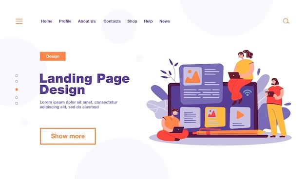 Blogger e influencer scrivono articoli e pubblicano contenuti. autori di blog che usano laptop, urlando al megafono. per la pubblicità su internet, seo, marketing, concetto di business online