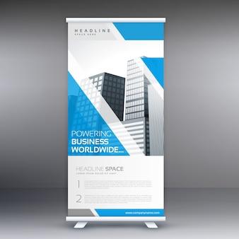 Blu rotolare su business banner flyer design modello verticale