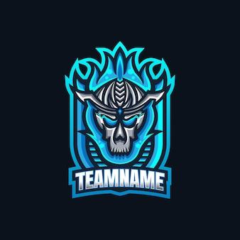 Modello di logo della mascotte di gioco del cranio di fuoco blu esport per la squadra di streamer.