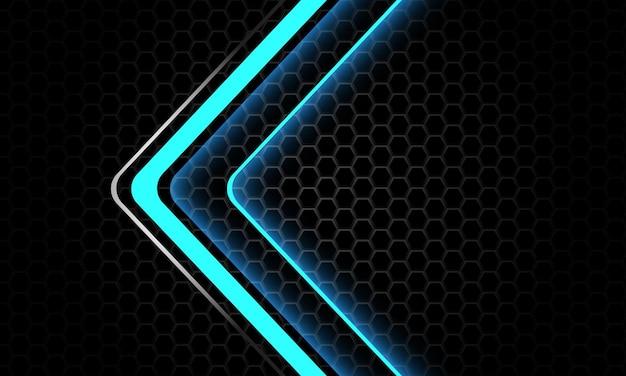 La direzione della freccia d'argento al neon blu si sovrappone al fondo futuristico di lusso di esagono metallico scuro vettore