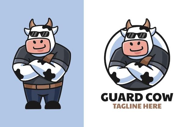 Design del logo del cartone animato mucca guardia del corpo