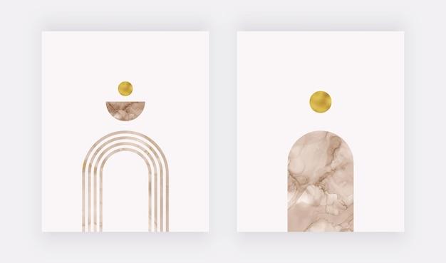 Stampa artistica da parete boho con inchiostro beige ad alcool e forme di lamina d'oro