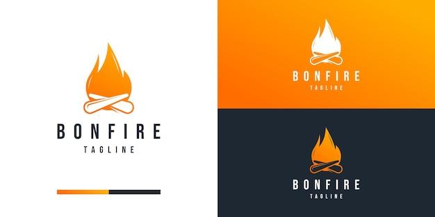 Modello di progettazione del logo del falò per il business dell'avventura