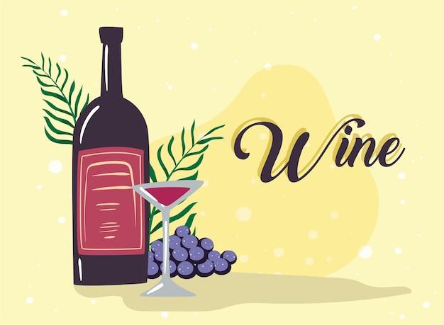 Bottiglia di vino e calice di vino con acini d'uva
