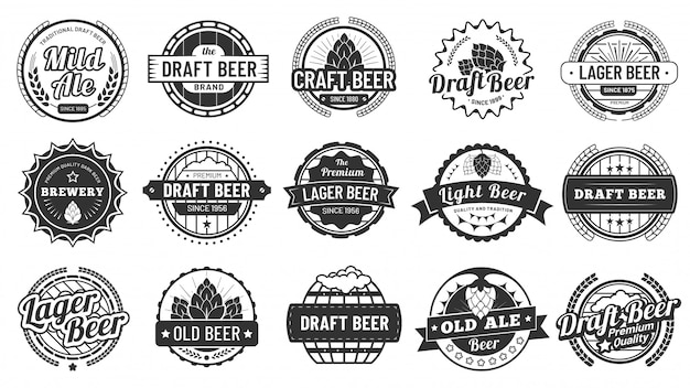 Distintivi di birra del birrificio. emblemi delle birre artigianali, lager di luppolo e distintivo dell'illustrazione di vettore isolato luppolo del pub