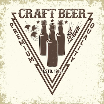 Logo vintage del birrificio, emblema della birra artigianale, francobolli di stampa grange, emblema della tipografia della birreria,