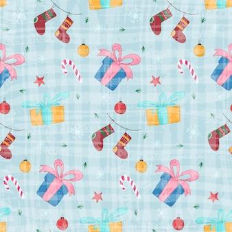 Brillante motivo natalizio senza cuciture con simpatiche scatole regalo disegnate a mano e calze su sfondo blu strutturato