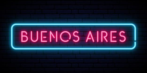 Insegna al neon di buenos aires.