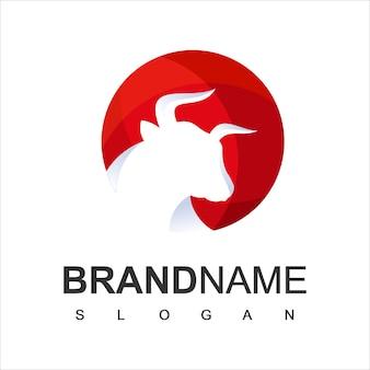 Modello di logo del toro simbolo di bestiame e fattoria