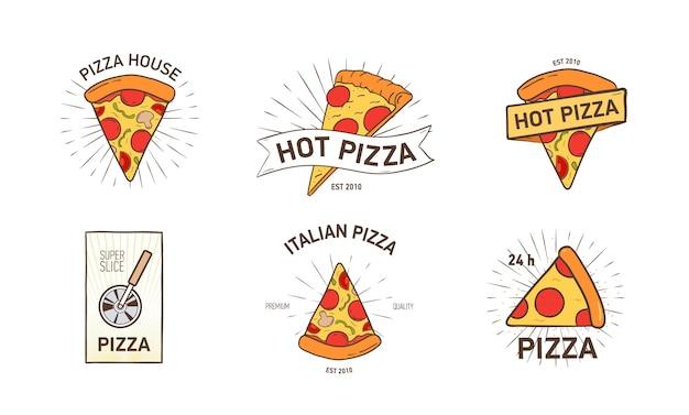 Fascio di loghi colorati con fette di pizza appetitose, tagliaruota e raggi disegnati a mano in stile retrò. illustrazione vettoriale per il logo del ristorante italiano, pizzeria, servizio di consegna cibo.