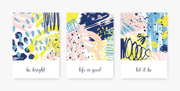 Pacchetto di modelli di carte decorative con frasi o messaggi motivazionali e macchie astratte, macchie, pennellate, scarabocchi, tracce di vernice.