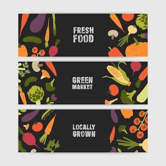 Pacchetto di modelli di banner web orizzontali con gustose verdure coltivate localmente e posto per il testo su sfondo nero.