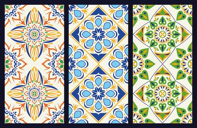 Fascio di tre fondali in ceramica artistica italiana