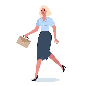 Carattere aziendale con valigetta in esecuzione. donna di affari che corre in fretta. impiegato felice e di successo in un vestito.