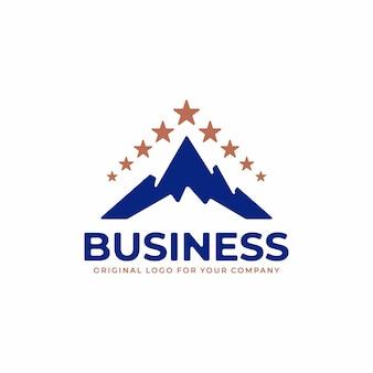 Un logo aziendale con una combinazione del concetto di simbolo di montagna e di una stella di gloria