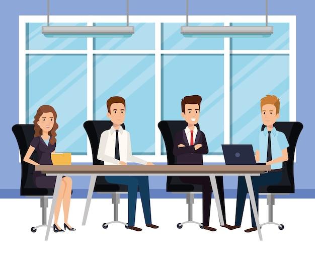 Uomini d'affari in avatar isometrica sala del consiglio