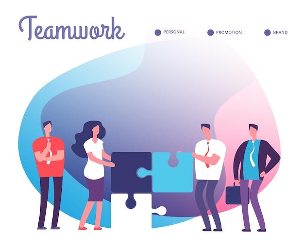 Gli uomini d'affari risolvono il puzzle. sviluppo, soluzione facile e concetto di lavoro di squadra con personaggi dei dipendenti e pezzi di puzzle.