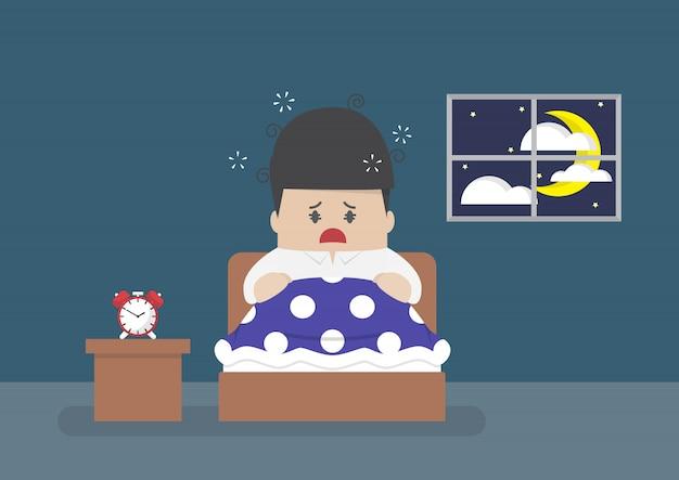 L'uomo d'affari è completamente sveglio nel mezzo della notte