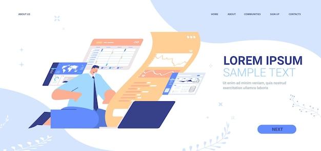 Uomo d'affari che monitora la pagina di destinazione dei dati finanziari