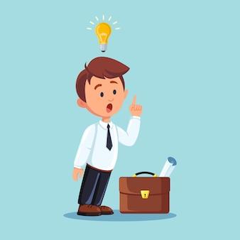 Uomo d'affari con la lampadina. l'uomo ha una buona idea, soluzione del problema