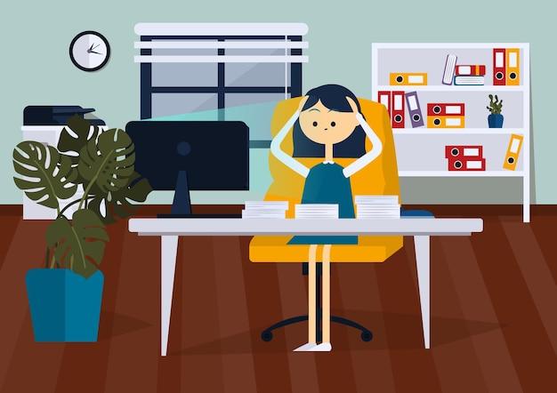 La donna d'affari è sconvolta seduta sulla sedia dell'ufficio alla scrivania del computer fumetto vettoriale a colori